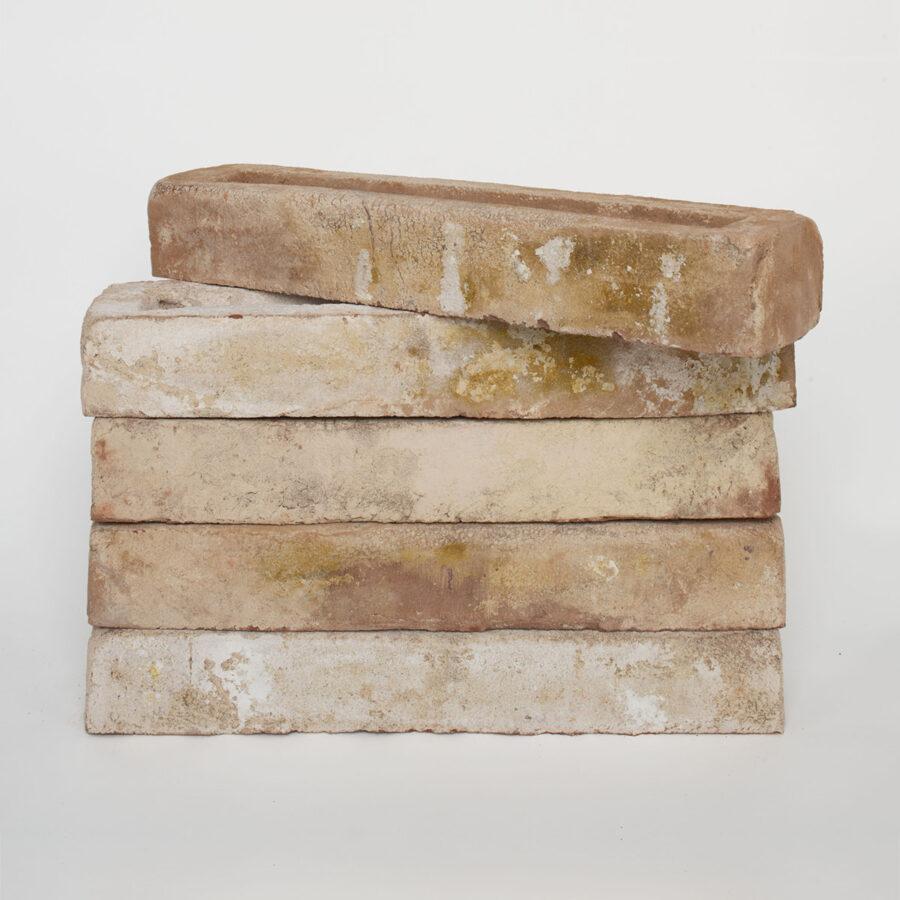 Marcello Linear Brick Stack